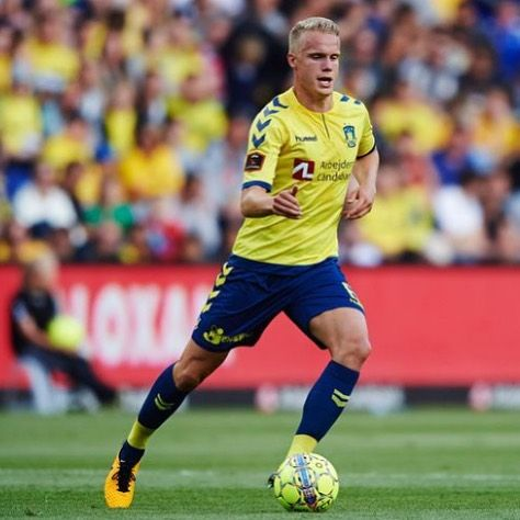 Icelandic National team player and Bröndby defender Hjortur Hermannsson had s great game when Bröndby defeated FC Copenhagen with 2-1 yesterday. Bröndby stays Top of the Danish Super League.
