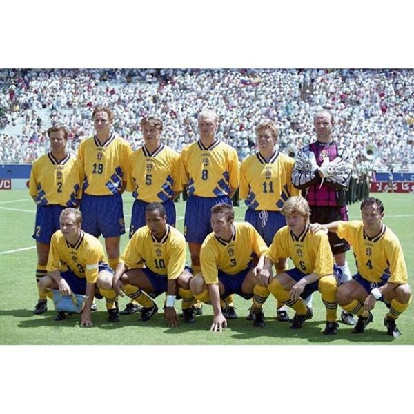 This year it's 25 years ago since Sweden finished third in the World Cup in the USA. Happy and proud to have been a part of that amazing Swedish National team. We where ranked between the 2nd and 4th best team in the world for a couple of years. Reaching the semifinals in the Euro 92 in Sweden and winning the bronze medal in the World Cup 94 in USA.  #viärsverige #martindahlinmanagement