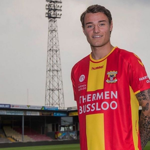 Attacking winger Adrian Edqvist joins Dutch second division club Go Ahead Eagles on 1 year loan from Kalmar FF. Here with MDM scout Alex Malmström. Congratulations and good luck Adrian