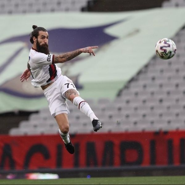 3 points, one goal and 90 min for @jimmydurmaz and his @karagumruk_sk today. Congratulations Jimmy.