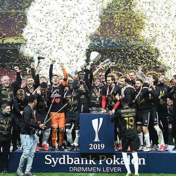 Finish National team captain Tim Sparv won the Danish Cup yesterday when his FC Midtjylland defeated Bröndby with 4-3 after penalty shootout. Congratulations Tim!