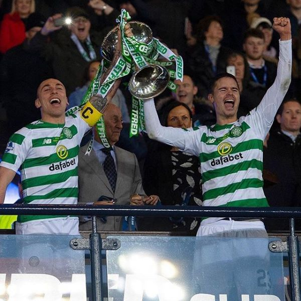 Another trophy for Mikael Lustig and his Celtic when they won the Scottish League Cup yesterday. Congratulations Mikael.