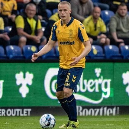 Another very solid match from Hjortur Hermannsson today when his Bröndby defeated FC Midtjylland with 3-1. Bröndby stays second in the Danish Super League.